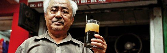 Kaffeekreationen-aus-Hanoi_header