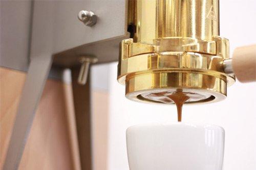 Der Kaffee aus der ES3 überzeugt ebenso wie die Optik