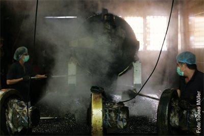 Kaffee-Herstellung-Kopi-Malaysia