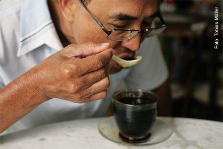 Kopi-Kaffe-Spezialitaet-Malaysia